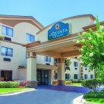 Photo of La Quinta Inn & Suites Jackson Airport