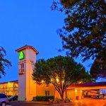 Photo de La Quinta Inn Lubbock - Downtown Civic Center