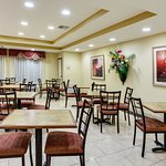 Foto de La Quinta Inn & Suites Canton