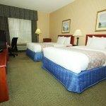 Photo of La Quinta Inn & Suites Milwaukee SW New Berlin