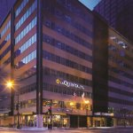 Photo of La Quinta Inn & Suites Chicago Downtown