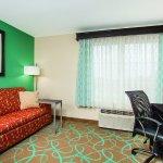 Foto de La Quinta Inn & Suites Atlanta Duluth