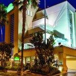 Photo of La Quinta Inn & Suites Anaheim