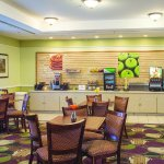 Photo of La Quinta Inn & Suites Lubbock North