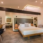 NEW Life Style Suites