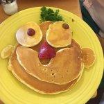 Photo de Simply Delicious Cafe & Bakery