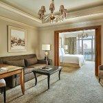 CAI Corniche Suite