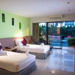 Photo de The Lantern Resorts Patong