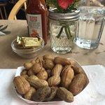 Love boiled peanuts!