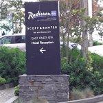 restaurant path sign