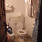 Das Badezimmer - etwas eng aber sonst in Ordnung