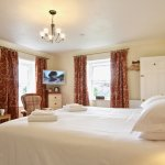Swaledale bedroom with super-king or twin beds and en suite bathroom
