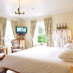 Wensleydale bedroom with super-king and 1 single bed.