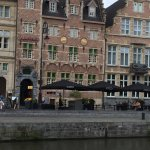 The two swans on the hotel facade!