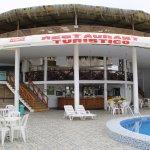 Ambiente de piscina del restaurant
