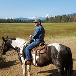Black Butte Ranch Stables - Hole in the Wall Gang morning ride