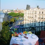 Terrace  Breakfast at Hotel Villa Real Madrid
