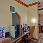 Foto di Staybridge Suites Toronto