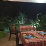 Cadre magnifique Nous avons été très bien accueilli et le tartare de buffle bio de Guyane que du