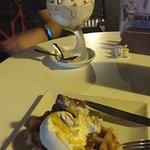 copa Jerez y gofre con helado San Marco