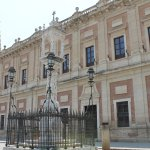 Photo de Plaza del Triunfo