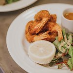Crispy King Prawns with Sweet Chilli Dip