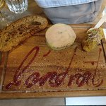 Entrée : Foie gras mi cuit maison, chutney de mangue ananas