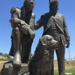 Sculpture of Lewis and Clark and there dog