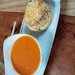 Mumsig tomatsoppa med rosmarin och en jättegod scones till. Avslutade med en smakrik cappuccino.
