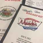 Munch's Sundries & Restaurant