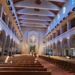 Basilica of the National Shrine of Mary, Queen of the Universe Foto