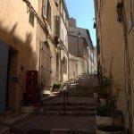 une des rues qui font penser à Montmartre