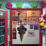 Ice Cream Parlorの写真