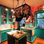 A very pleasant kitchen.