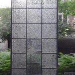 création réalisée à l'aide de 11.500 lentilles de verre