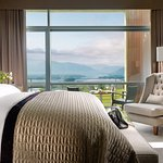 Aghadoe Suite Bedroom with Balcony