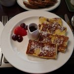 For breakfast, I chose the french toast, which was delightful. Mmmm...
