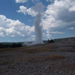 Old Faithful from the backside with less people.