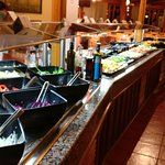 Clean and well maintained salad bar
