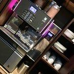 Hotel Villa Saxe Eiffel: Custom Coffee Machine