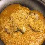 Arroz meloso con pescado, almejas y berberechos