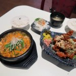 Goong - Spicy Beef Soup & Korean Spicy Chicken