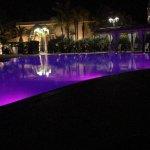 Cromoterapia notturna in piscina