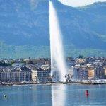 Across the lake, Jet d'Eau & Quai Gustave Ador