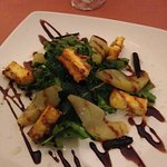 Pear and Haloumi salad