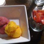 Sorbet, Strawberries and meringue