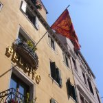 The flag that indicates that this hotel is well known in Venice