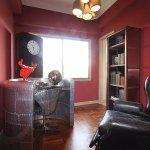 Pet Friendly Presidential Suite - Study Room