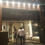 Photo de Pol & Grace Hotel