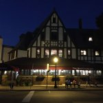 Red Coach Inn exterior